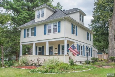 Mahwah Single Family Home For Sale: 21 Hillside Avenue