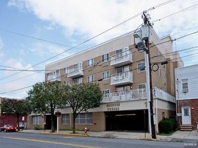 Cliffside Park Condo/Townhouse For Sale: 10 Palisade Avenue #2a