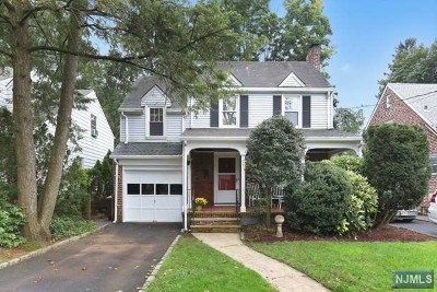 Teaneck Single Family Home For Sale: 512 Tilden Avenue