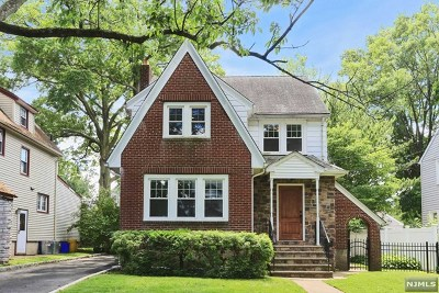 Teaneck Single Family Home For Sale: 350 Sherman Avenue