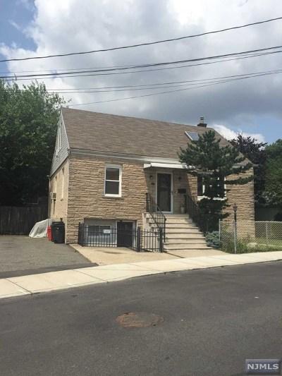 Cliffside Park Single Family Home For Sale: 131 Cedar Street