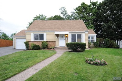 Fair Lawn Single Family Home For Sale: 36 Wilcox Place