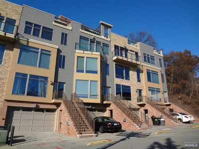North Bergen Condo/Townhouse For Sale: 8719 Churchill Road #9