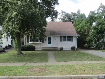 Pompton Lakes Single Family Home For Sale: 244 Ackerman Place