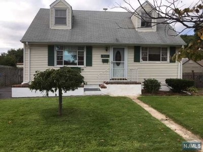 Pompton Lakes Single Family Home For Sale: 927 Colfax Avenue