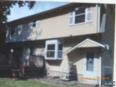 Oakland Single Family Home For Sale: 48 Seton Hall Drive