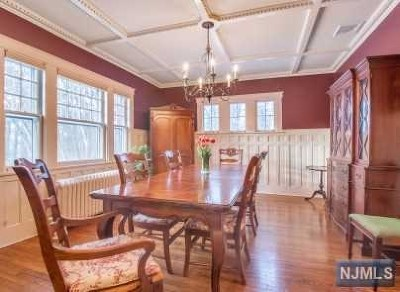 Mahwah Single Family Home For Sale: 63 Beveridge Road