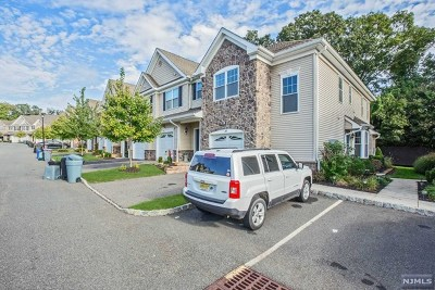 Wanaque Condo/Townhouse For Sale: 14 Parkside Drive