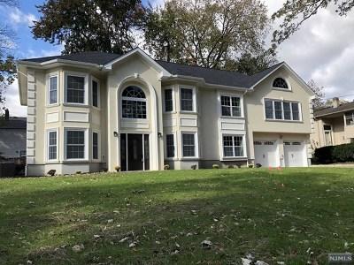 Morris County Single Family Home For Sale: 205 Centerton Drive