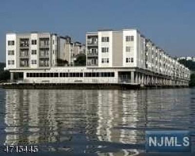 Condo/Townhouse For Sale: 247 The Promenade