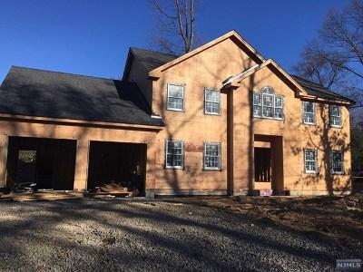 Montvale Single Family Home For Sale: 73 Montvale Avenue