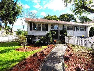 Fort Lee Single Family Home For Sale: 2360 Jones Road