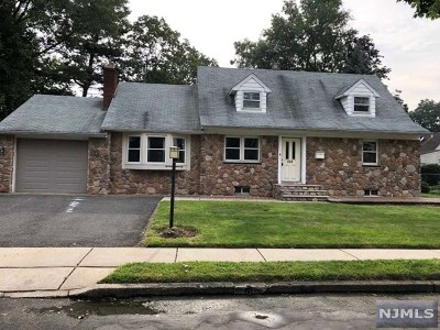 New Milford Single Family Home For Sale: 553 Duke Court