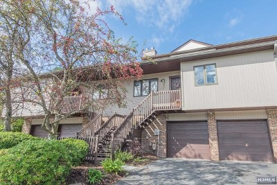 Ramsey Condo/Townhouse For Sale: 2 Peach Hill Court
