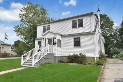 Waldwick Single Family Home For Sale: 11 Wanamaker Avenue