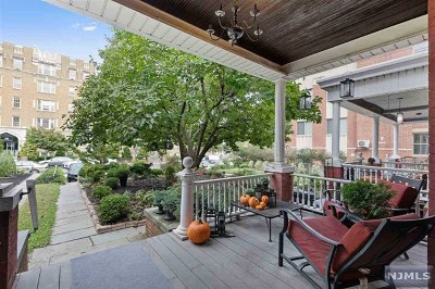 Hudson County Single Family Home For Sale: 31 Duncan Avenue