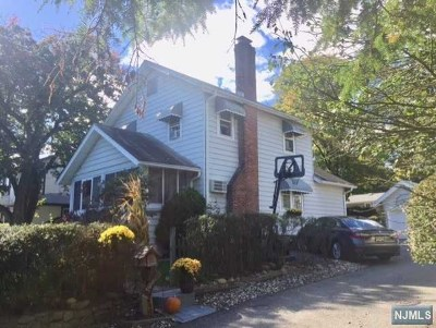 Allendale Single Family Home For Sale: 61 East Crescent Avenue