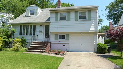 Ridgefield Single Family Home For Sale: 749 Lancaster Road