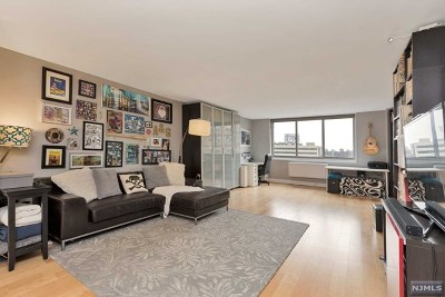 Fort Lee Condo/Townhouse For Sale: 2150 Center Avenue #6-G