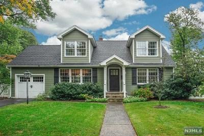 Ridgewood Single Family Home For Sale: 557 Barnett Place