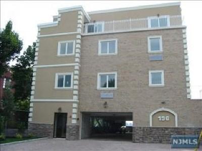 Cliffside Park Condo/Townhouse For Sale: 196 Cedar Street #2b