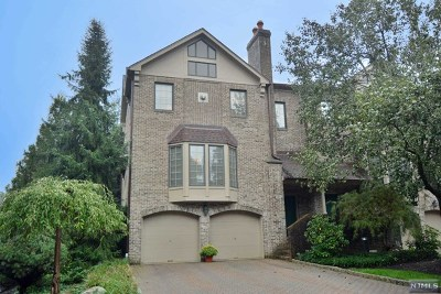 Saddle River NJ Condo/Townhouse For Sale: $710,000