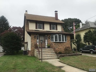 Rochelle Park Single Family Home For Sale: 50 Forest Place