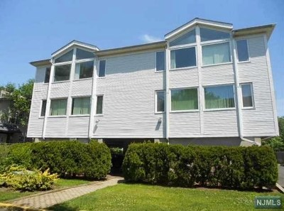Secaucus Condo/Townhouse For Sale: 5 River Road