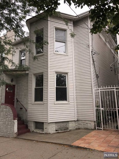 Hudson County Multi Family 2-4 For Sale: 3224 Pleasant Avenue