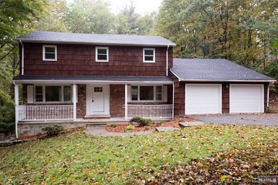 West Milford Single Family Home For Sale: 24 Gould Road