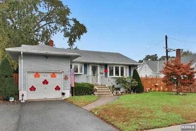 Fair Lawn Single Family Home For Sale: 4-09 Bergen Avenue