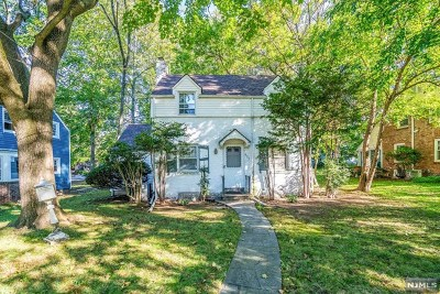Teaneck Single Family Home For Sale: 657 Beverly Road