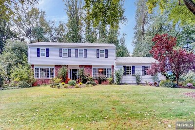 Montvale Single Family Home For Sale: 8 High Ridge Road