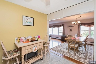 Fort Lee Condo/Townhouse For Sale: 275 Hoym Street #2a
