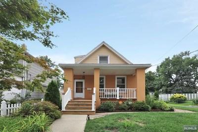 Bergenfield Single Family Home For Sale: 30 Bridge Street