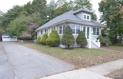 Pompton Lakes Single Family Home For Sale: 6 Center Street