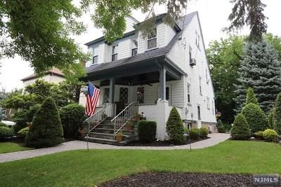Hasbrouck Heights Single Family Home For Sale: 124 Oak Grove Avenue