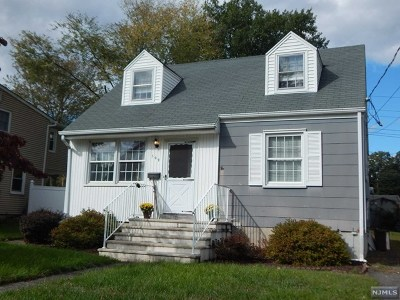 Pompton Lakes Single Family Home For Sale: 109 Riverview Road