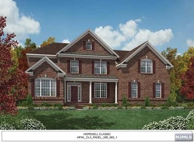 Mahwah NJ Single Family Home For Sale: $1,265,370