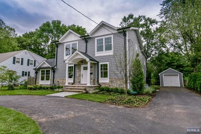 Wyckoff Single Family Home For Sale: 205 Franklin Avenue