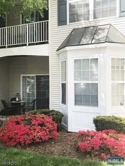 Morris County Condo/Townhouse For Sale: 468 Cambridge Drive