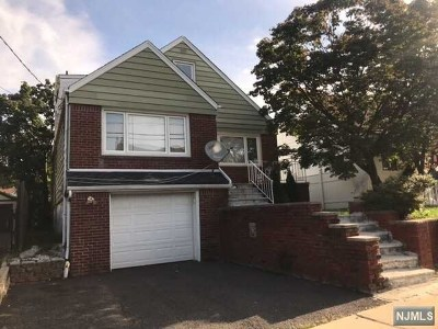 Hasbrouck Heights NJ Single Family Home For Sale: $336,000
