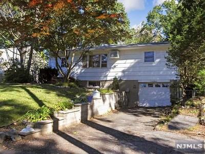 Oakland Single Family Home For Sale: 6 1st Street