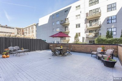 Hudson County Condo/Townhouse For Sale: 610 Newark Street #2h