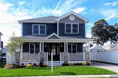 Saddle Brook Single Family Home For Sale: 603 Oak Avenue