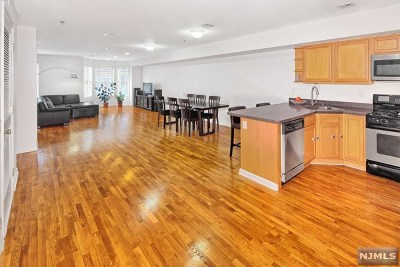 Hudson County Condo/Townhouse For Sale: 505-507 Monroe Street #3a