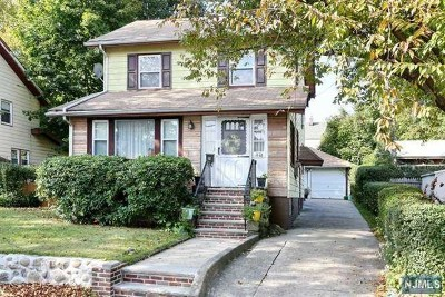 Teaneck Single Family Home For Sale: 1176 Anna Street
