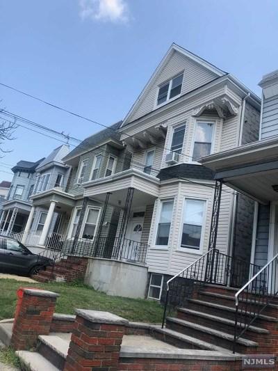 Hudson County Multi Family 2-4 For Sale: 208 Shippen Street