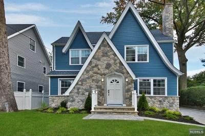 Teaneck Single Family Home For Sale: 1289 Hudson Road