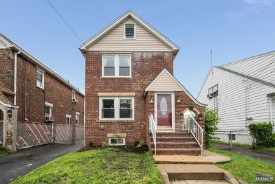Paterson Single Family Home For Sale: 670 East 30th Street